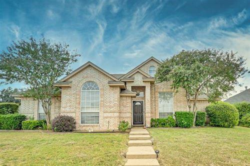 Photo of 501 Columbia Avenue, Waxahachie, TX 75165 (MLS # 14460955)