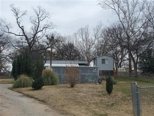 Photo of 7113 Chippewa Trail, Weatherford, TX 76087 (MLS # 14502957)