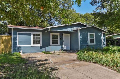 Photo of 1201 Moore Terrace, Arlington, TX 76010 (MLS # 14439960)