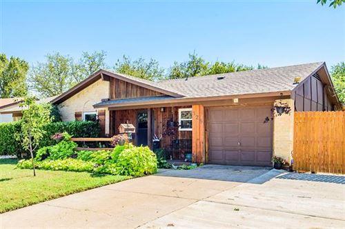 Photo of 325 Blueberry Lane, Grand Prairie, TX 75052 (MLS # 14442960)