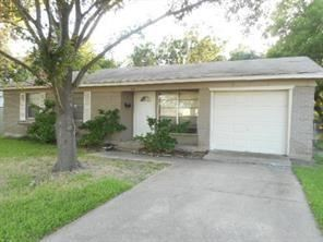 Photo of 743 Pebble Creek Lane, Mesquite, TX 75149 (MLS # 14589960)
