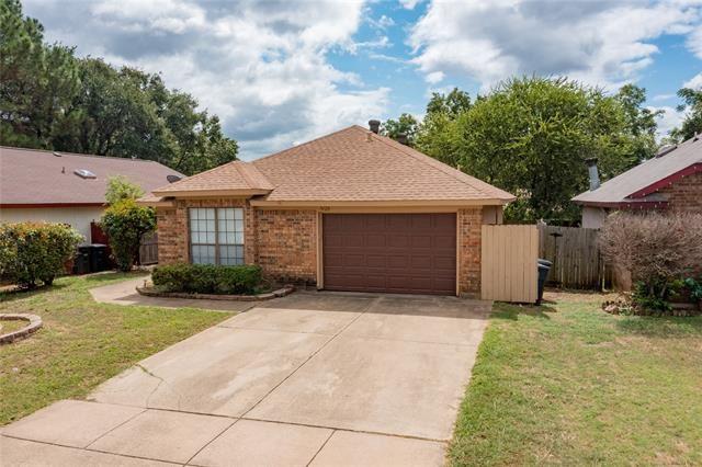 7420 Little Rock Lane, Fort Worth, TX 76120 - #: 14672961