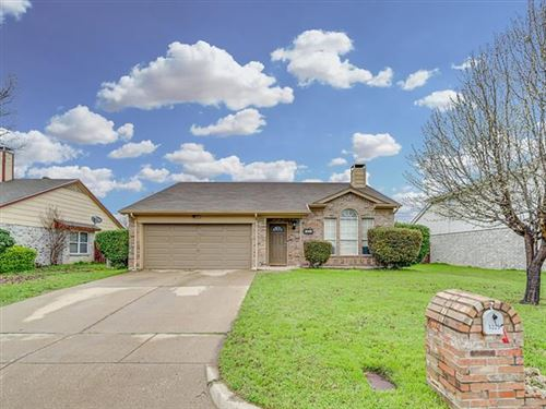 Photo of 1225 Nelson Place, Fort Worth, TX 76028 (MLS # 14283962)