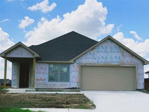 Photo of 123 Creekside Drive, Sanger, TX 76266 (MLS # 14582967)