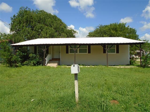 1924 N Wilhite Street, Cleburne, TX 76031 - MLS#: 14585967