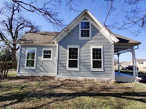 Photo of 215 S Ave H, Clifton, TX 76634 (MLS # 14317969)