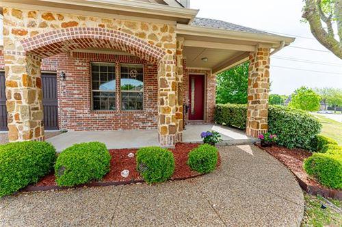 Photo of 2318 Chadwick Lane, Garland, TX 75044 (MLS # 14555971)