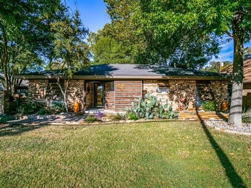 Photo of 929 N Dove Road, Grapevine, TX 76051 (MLS # 14453972)