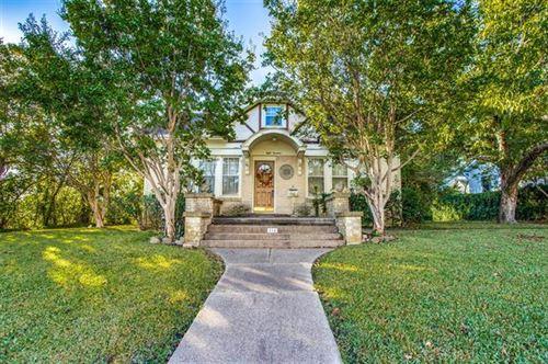 Photo of 814 W Houston Street, Sherman, TX 75092 (MLS # 14693973)