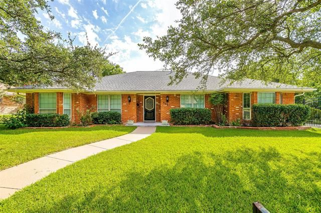 6621 Kingswood Drive, Fort Worth, TX 76133 - #: 14635973
