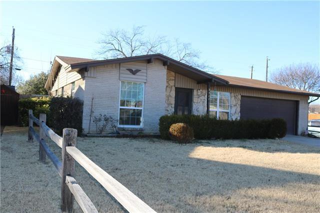 Photo for 2511 N Avenue, Plano, TX 75074 (MLS # 13756975)