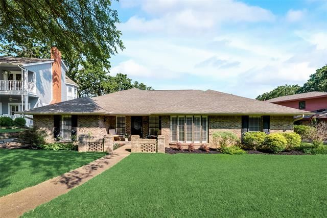 2304 Bradwood Court, Arlington, TX 76011 - #: 14619975