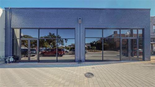 Photo of 1906 Greenville Avenue, Dallas, TX 75206 (MLS # 14493976)