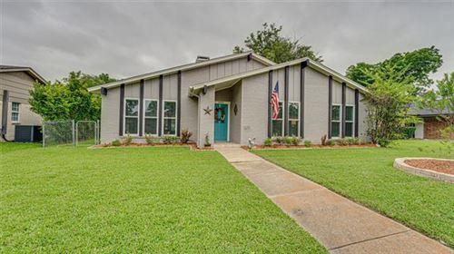 Photo of 1406 Kingsbridge Drive, Garland, TX 75044 (MLS # 14375978)