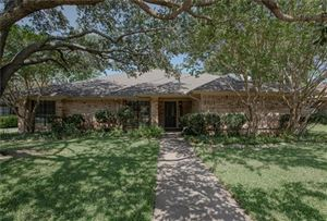 Photo of 2811 Cambridgeshire Drive, Carrollton, TX 75007 (MLS # 14140980)