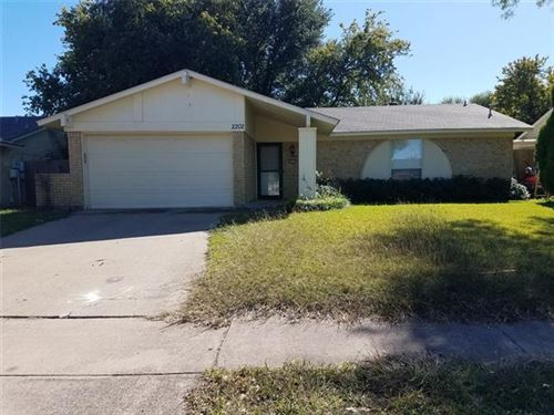 Photo of 2202 Meadow Glen Drive, Garland, TX 75044 (MLS # 14688981)