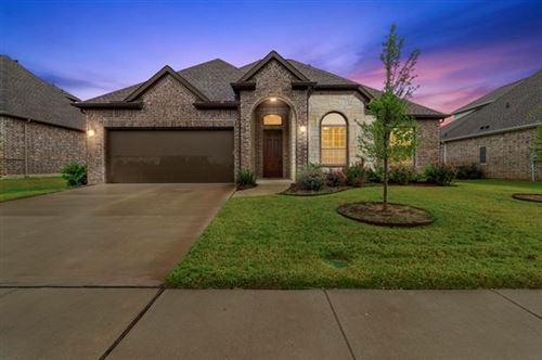Photo of 5501 Thistle Hill, Denton, TX 76210 (MLS # 14690982)