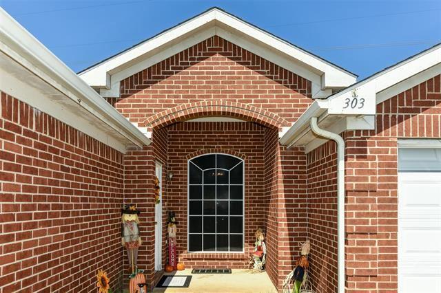 303 Kingfisher Lane, Arlington, TX 76002 - MLS#: 14678982