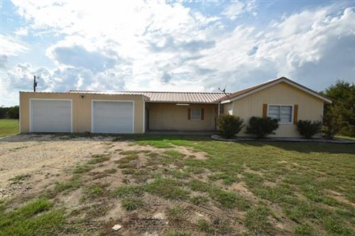 Photo of 1400 Private Road 701, Stephenville, TX 76401 (MLS # 14435984)