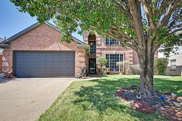 7045 Echo Lake Court, Arlington, TX 76001 - #: 14675984