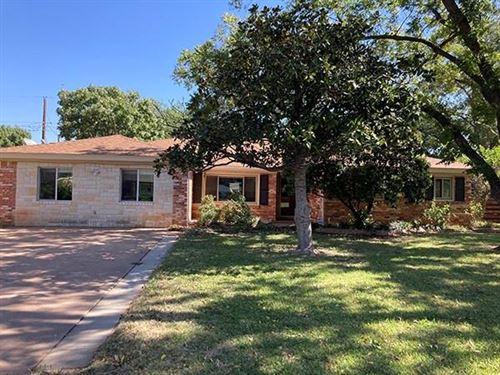 Photo of 2201 Crescent Drive, Abilene, TX 79605 (MLS # 14457987)
