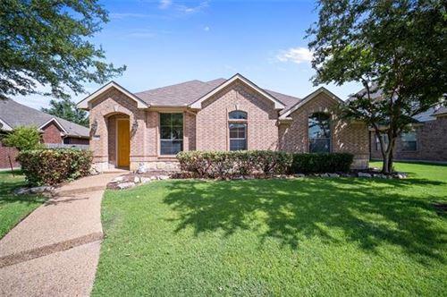 Photo of 814 Meadow Flower Lane, Garland, TX 75043 (MLS # 14675987)