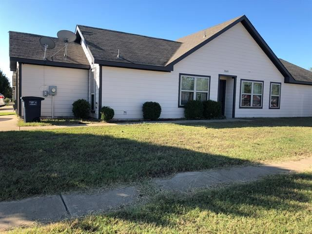 10600 Many Oaks Drive, Fort Worth, TX 76140 - #: 14401987