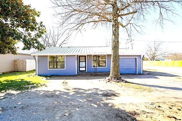412 E Wilbarger, Bowie, TX 76230 - MLS#: 14509988