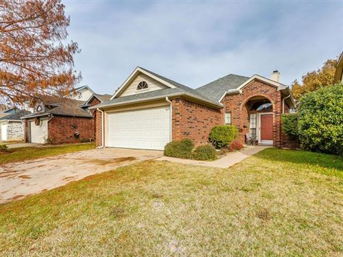 Photo of 6929 Aston Drive, North Richland Hills, TX 76182 (MLS # 14238989)