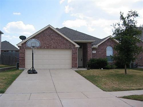 Photo of 513 Dartmoor Drive, Celina, TX 75009 (MLS # 14408991)