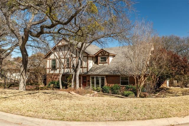 2303 Wakeforest Court, Arlington, TX 76012 - #: 14525991
