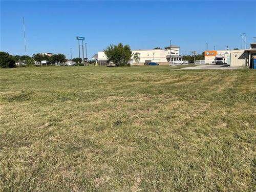 Photo of 3601 US E Hwy180 Highway E, Mineral Wells, TX 76067 (MLS # 14501993)