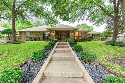 Photo of 511 Carriage Trail, Rockwall, TX 75087 (MLS # 14690993)