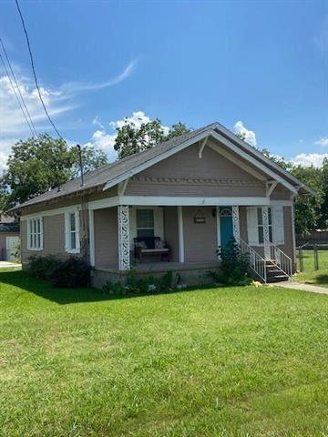 Photo of 700 Elm Street, Sanger, TX 76266 (MLS # 14361996)