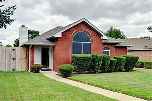 Photo of 322 Bryant Lane, Cedar Hill, TX 75104 (MLS # 14139997)