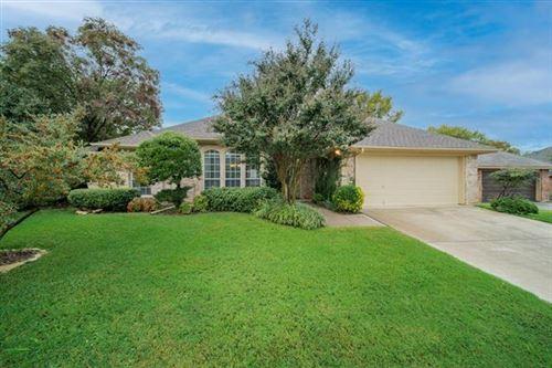 Photo of 7209 Elm Wood Drive, North Richland Hills, TX 76182 (MLS # 14461998)