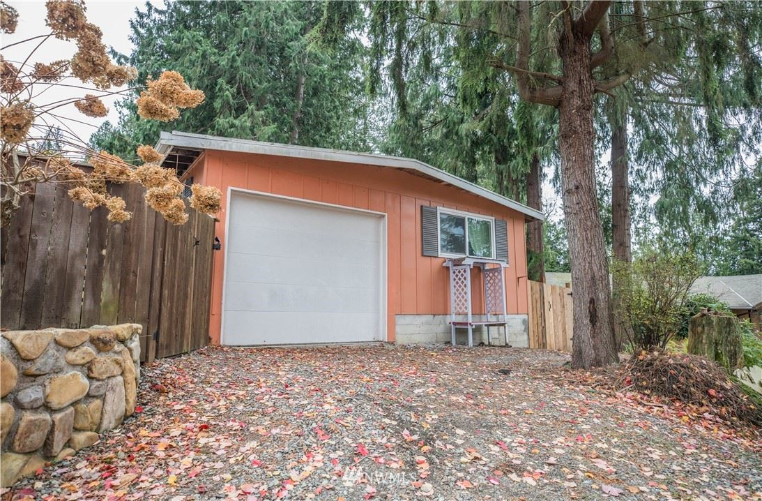 Photo of 1025 N 15th Street, Mount Vernon, WA 98273 (MLS # 1691000)