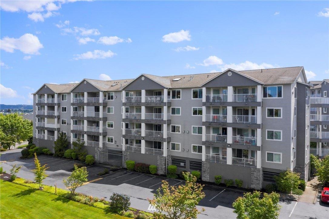 Photo of 1318 37th Street #2422, Everett, WA 98201 (MLS # 1788000)