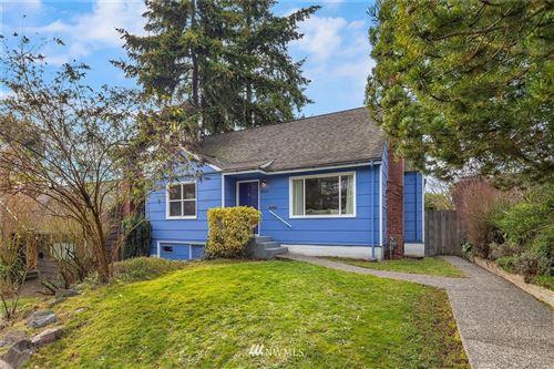 Photo of 4019 Phinney Avenue N, Seattle, WA 98103 (MLS # 1720002)