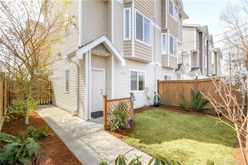 Photo of 1131 N 94th St #B, Seattle, WA 98103 (MLS # 1541006)