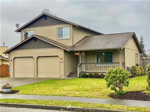 Photo of 2009 10th Avenue SE, Puyallup, WA 98372 (MLS # 1738006)