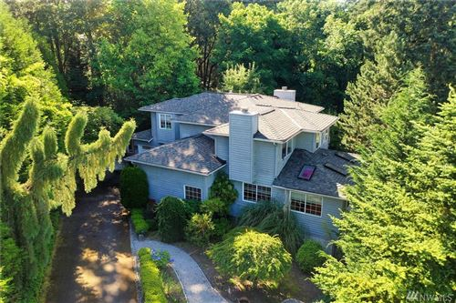 Photo of 16413 SE 39th Place, Bellevue, WA 98008 (MLS # 1630007)