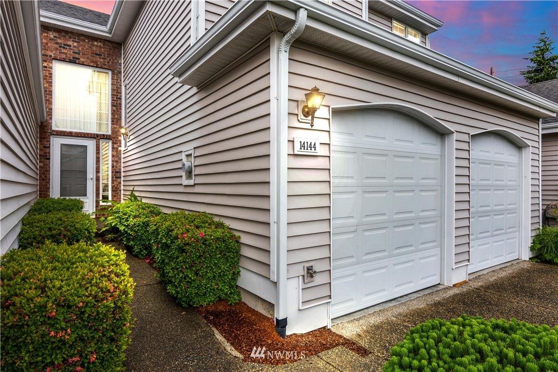 Photo of 14144 SE 238th Lane, Kent, WA 98042 (MLS # 1791007)