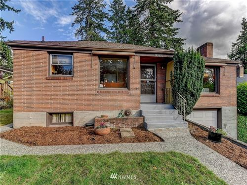 Photo of 11750 5th Avenue NE, Seattle, WA 98125 (MLS # 1667009)