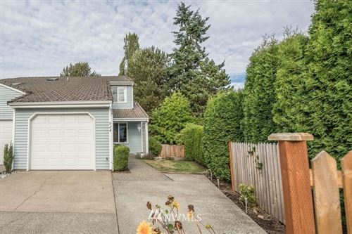 Photo of 924 S 310th Place, Federal Way, WA 98003 (MLS # 1667010)