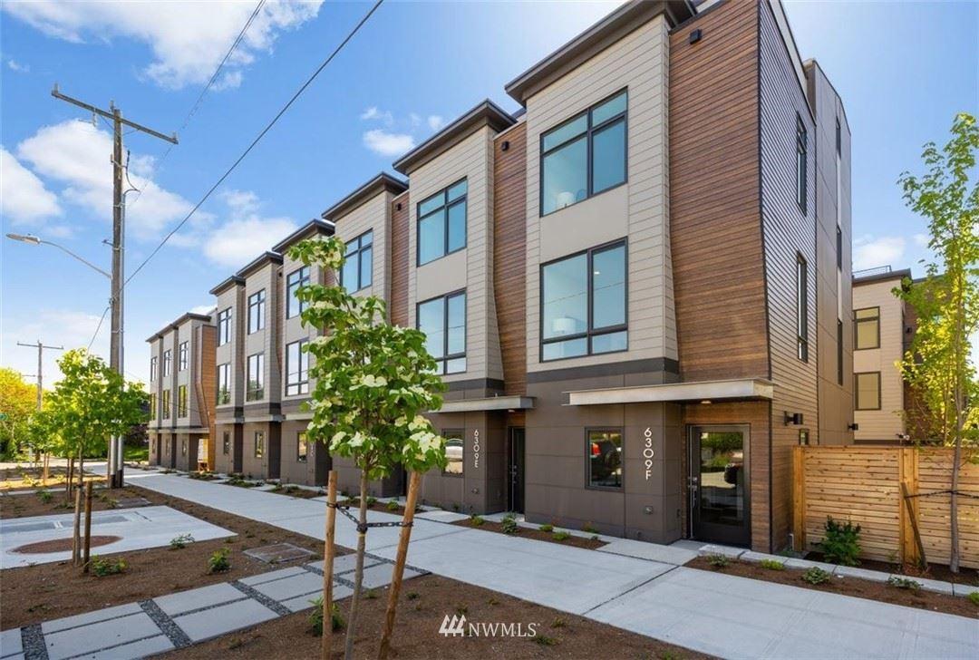 Photo of 816 NE 63rd Street, Seattle, WA 98115 (MLS # 1785010)