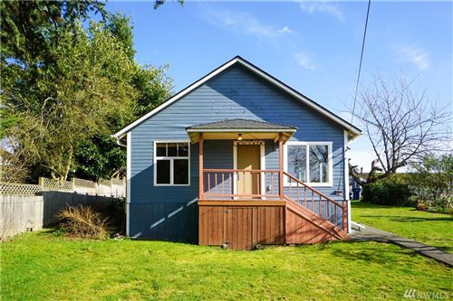 Photo of 10754 17th Ave SW, Seattle, WA 98146 (MLS # 1570015)