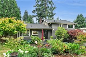 Photo of 3811 139th Place SE, Bellevue, WA 98006 (MLS # 1492016)