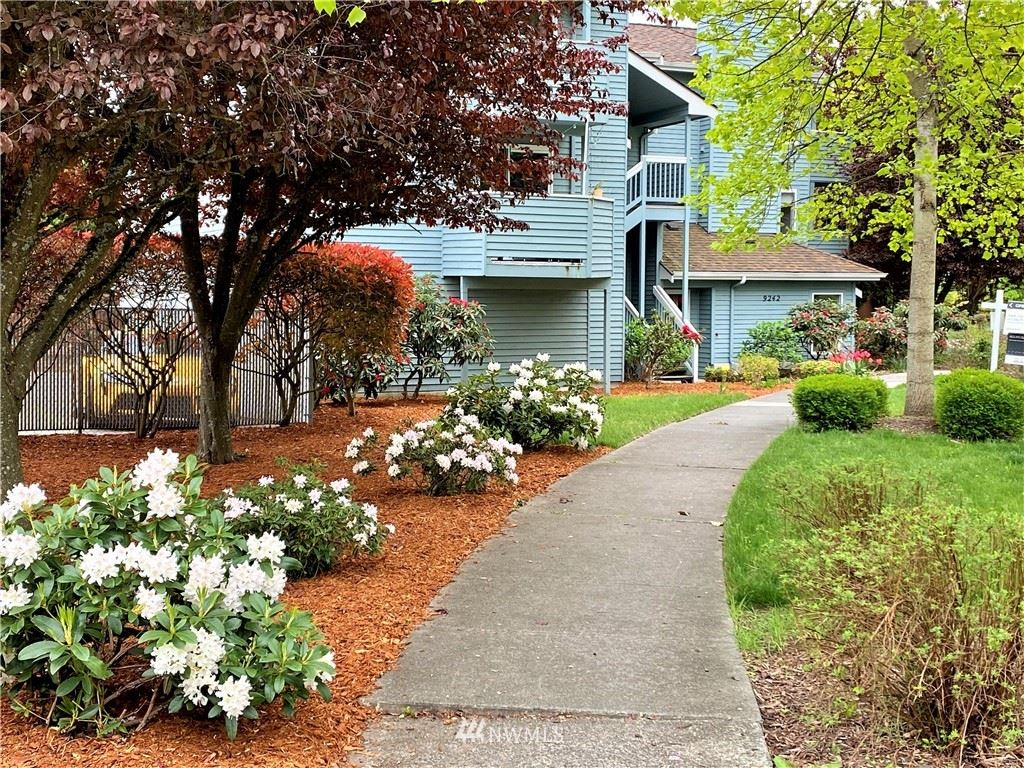 Photo of 9242 Woodlawn Avenue N #A, Seattle, WA 98103 (MLS # 1723016)