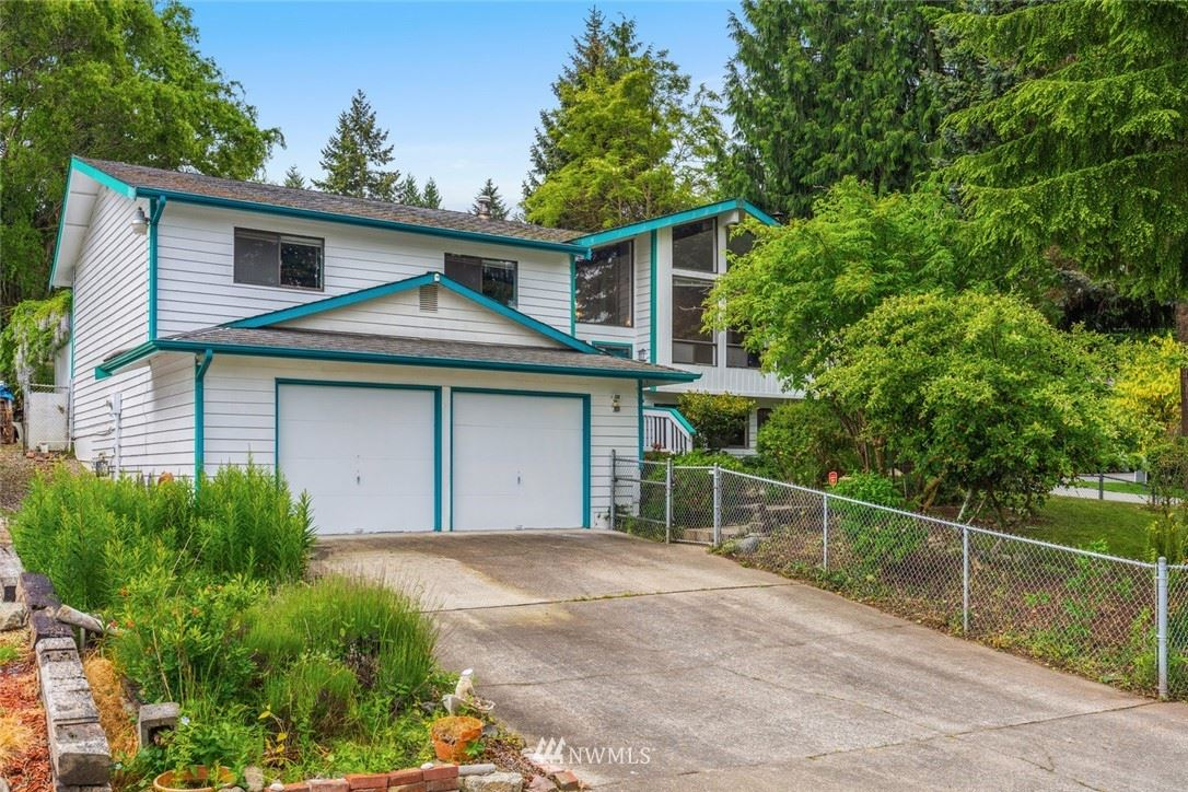 Photo of 739 SW 298th Place, Federal Way, WA 98023 (MLS # 1785016)